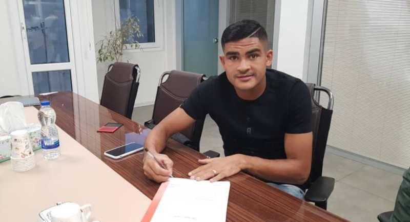 بازیکن جدید پرسپولیس: خوشحالم پیراهن «علی پروین» را میپوشم